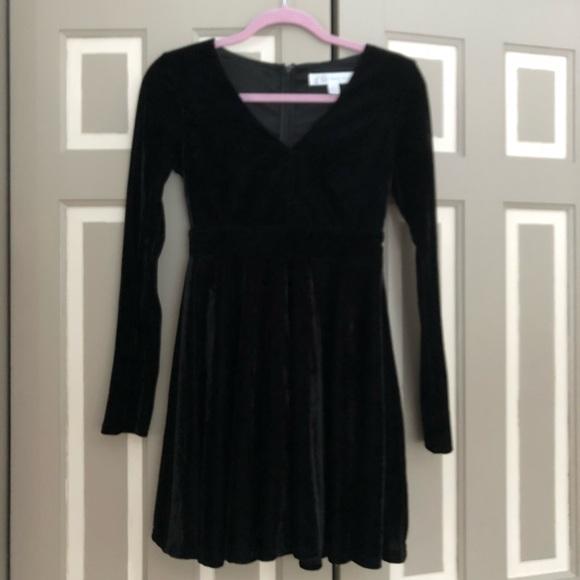 1c6064808ef Honey belle black velvet dress S